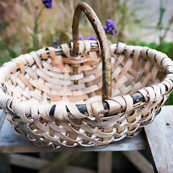 Profile picture of Lorna Singleton oak swill baskets